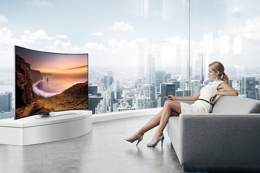 010.Curved-UHD-TV_Curved-Screen